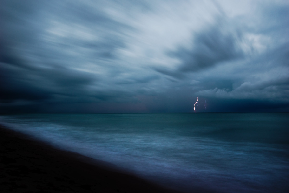 Pentax K3 DSLR Review: Lightning Storm