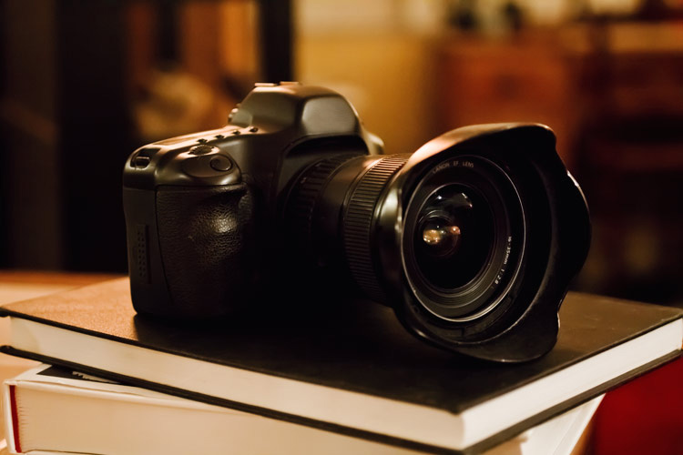 11 Tips on How to Buy a Used Camera Safely » ItsJustLight.com